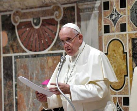 Le pape François dénonce le système financier mondial